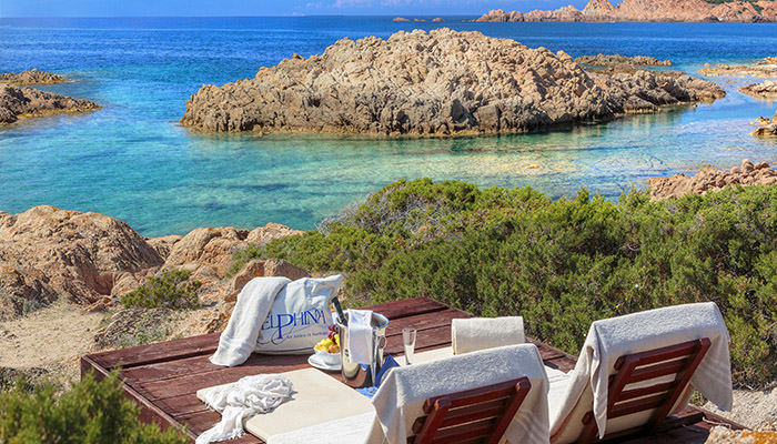 Sardinia travel offers. Holiday packages for Isola Rossa