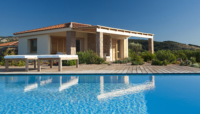 Villas by the sea at Isola Rossa: the Hotel Relax Torreruja offers